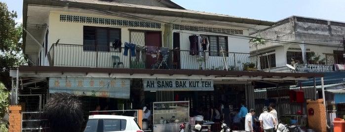 Ah Sang Bah Kut Teh (亚汕肉骨茶) is one of Selangor.