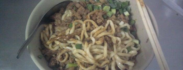富宏牛肉麵 is one of Yummy Food @ Taiwan.