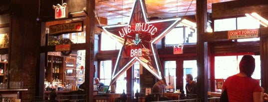 Hill Country Barbecue Market is one of Eating New York City.