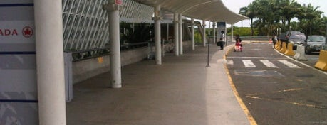 Aéroport Pôle Caraïbes (PTP) is one of Airports of the World.