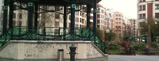 Plaza de la Casilla is one of let's get Bilbao's badge (Spain) #4sqCities.