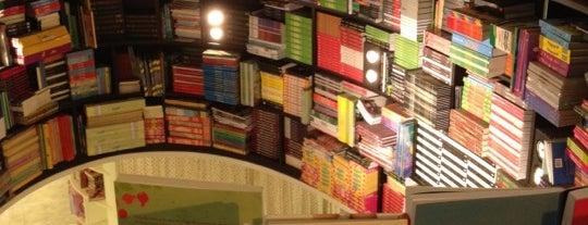 Livraria da Vila is one of Compras.
