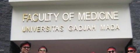 Fakultas Kedokteran is one of UGM.
