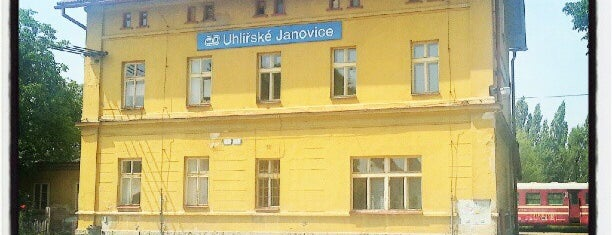 Železniční stanice Uhlířské Janovice is one of Železniční stanice ČR: Š-U (12/14).