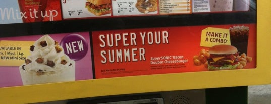 SONIC Drive In is one of Food in The Shoals Area.