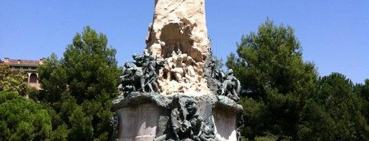 Plaza de los Sitios is one of Sitios por visitar en Zaragoza.