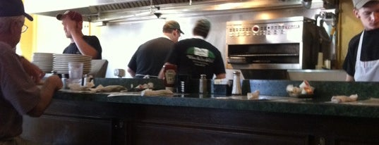"""Metro Diner is one of """"Diners, Drive-Ins & Dives"""" (Part 1, AL - KS)."""