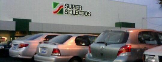 Centro Comercial San Luis is one of trabajo.