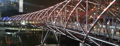 The Helix Bridge is one of Simply Singapore.