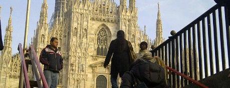 Duomo di Milano is one of Milan City Badge - Milano da bere.