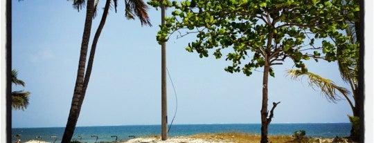 Isla de Providencia is one of Lugares en Colombia!!!! :D.