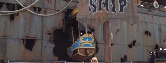 Ghost Ship is one of Favorite Arts & Entertainment.