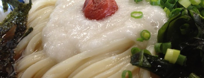 黒田屋 高松西インター店 is one of めざせ全店制覇~さぬきうどん生活~ Category:Ramen or Noodle House.