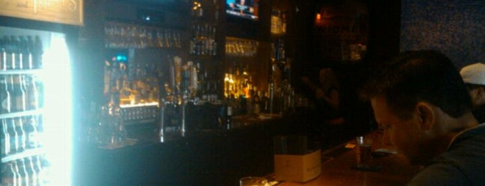 Jack's Corner Tap is one of Top 10 Pubs.