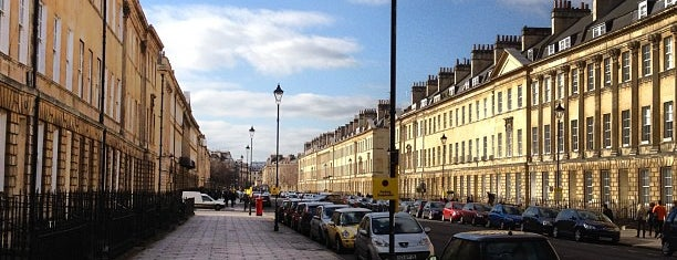 Great Pulteney Street is one of Bath.
