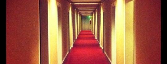 Derag Livinghotel Max Emanuel is one of Hotels.