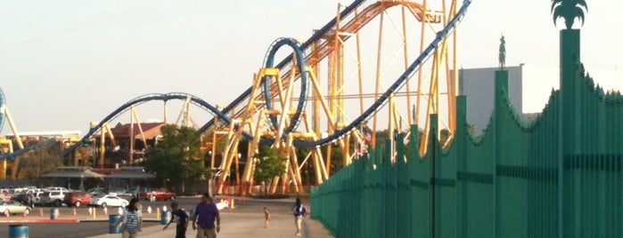 Six Flags Fiesta Texas is one of Best Places to Check out in United States Pt 4.