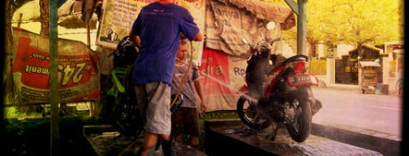 Cuci Motor Mulia is one of Pekalongan World of Batik.