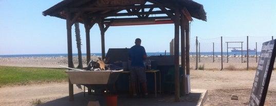 Playa de Pedregalejo / Las Acacias is one of 101 cosas que ver en Andalucía antes de morir.