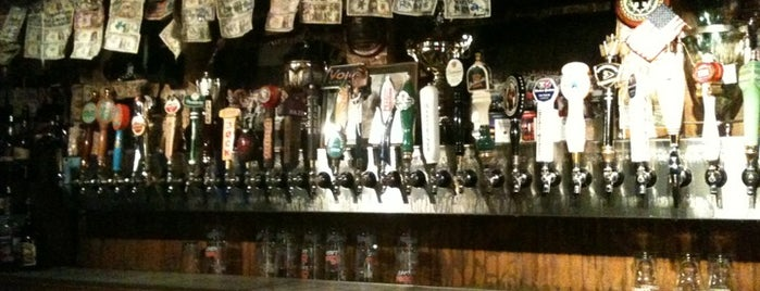 Lynch's Irish Pub is one of Places to try.