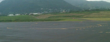 St. Kitts Robert L. Bradshaw International Airport is one of Caribbean Airports.