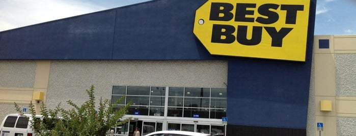 Best Buy is one of Orlando - Compras (Shopping).