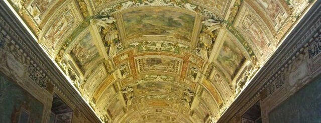 Vatican Museums is one of l'amore [a Roma] dice ciao.