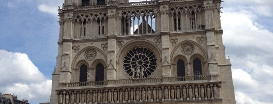 Cathédrale Notre-Dame de Paris is one of Perfect Stroll Through Le Marais & Surrounds.