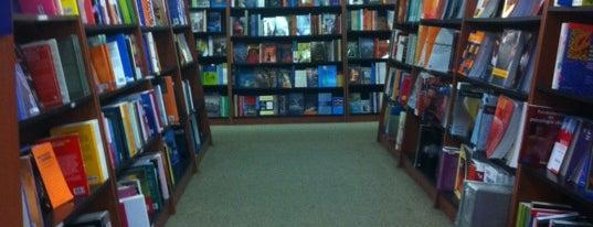 Librería Cuesta is one of Places.