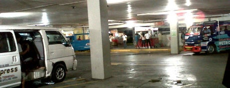 Ayala Taxi Stand / Terminal is one of Certified Cebu.