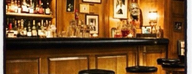 Bar Hemingway is one of Best stylish bars in Paris.