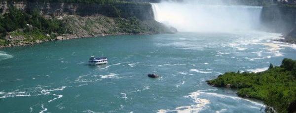 Niagara Falls is one of naturaleza.