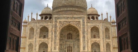 Taj Mahal | ताज महल | تاج محل is one of Places To See Before I Die.