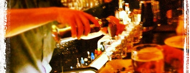 ALIBI Bootlegger's Booze Bar is one of Где найти БЖ в Екатеринбурге.