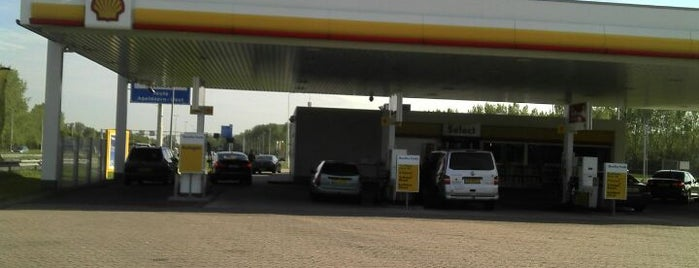 Shell De Somp is one of Shell Tankstations.