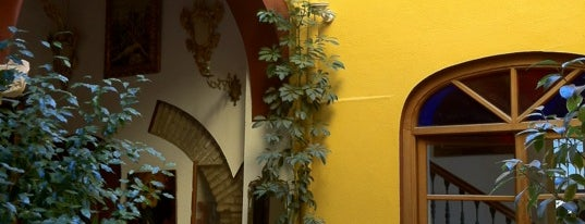 Hotel Mezquita is one of Donde comer y dormir en cordoba.
