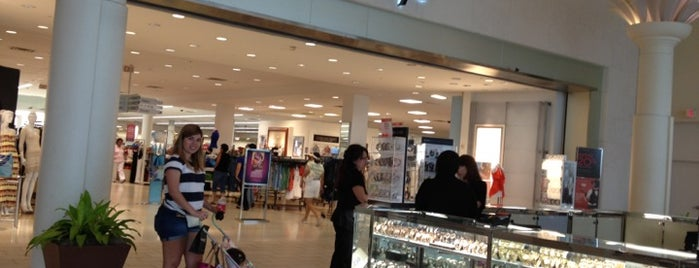 Macy's is one of Orlando - Compras (Shopping).