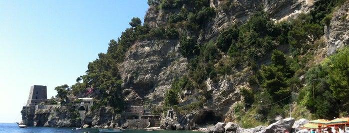 Spiaggia del Fornillo is one of Honeymoon in Amalfi Coast.