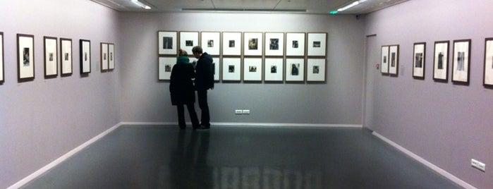 Fondation Henri Cartier-Bresson is one of Musées de Paris.