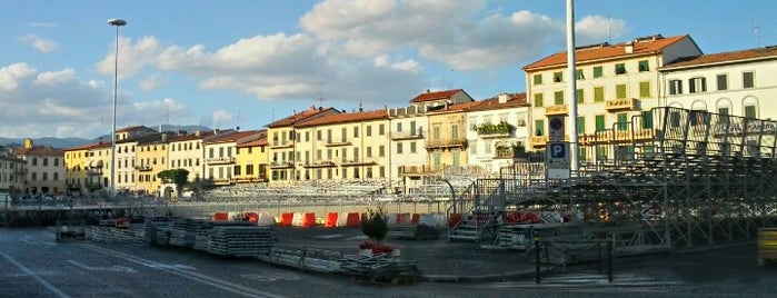 Piazza Mercatale is one of Best places in Firenze, Italia.