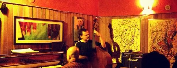 Teta Jazz Bar is one of Bons Drink in Sampa.