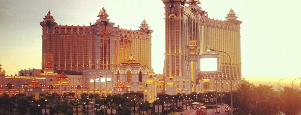 Galaxy Macau 澳門銀河渡假綜合城 is one of Discover: Macau.
