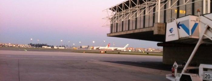 Aeroporto de Lisboa (LIS) is one of Airports of the World.