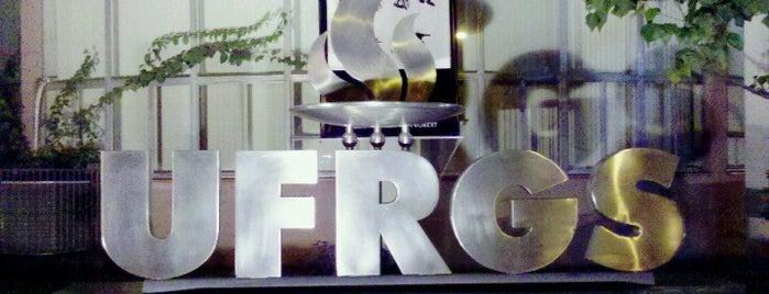 Universidade Federal do Rio Grande do Sul (UFRGS) is one of Lugares em Porto Alegre/RS.