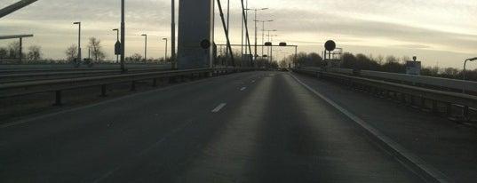 Harmsenbrug is one of Bridges in the Netherlands.