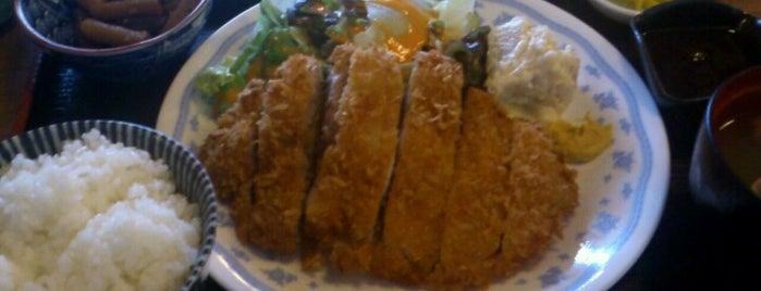 ホルモン・たん とん助 市ヶ谷店 is one of 九段南でさくっと飲むなら.