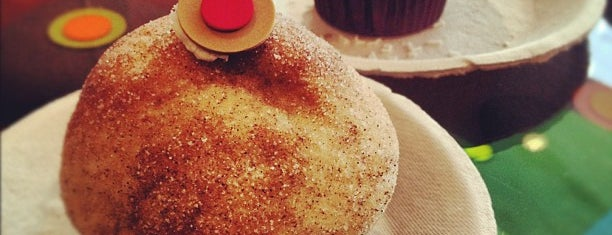 Sprinkles Cupcakes is one of Two days in Chicago, IL.