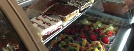Modern Pastry Shop is one of Boston City Badge - Beantown.