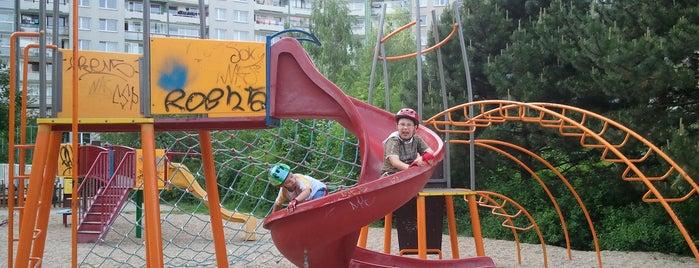 Dětská hřiště v Praze / Playgrounds in Prague