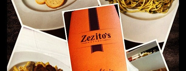 Zezito's Bar is one of Curitiba Old School.